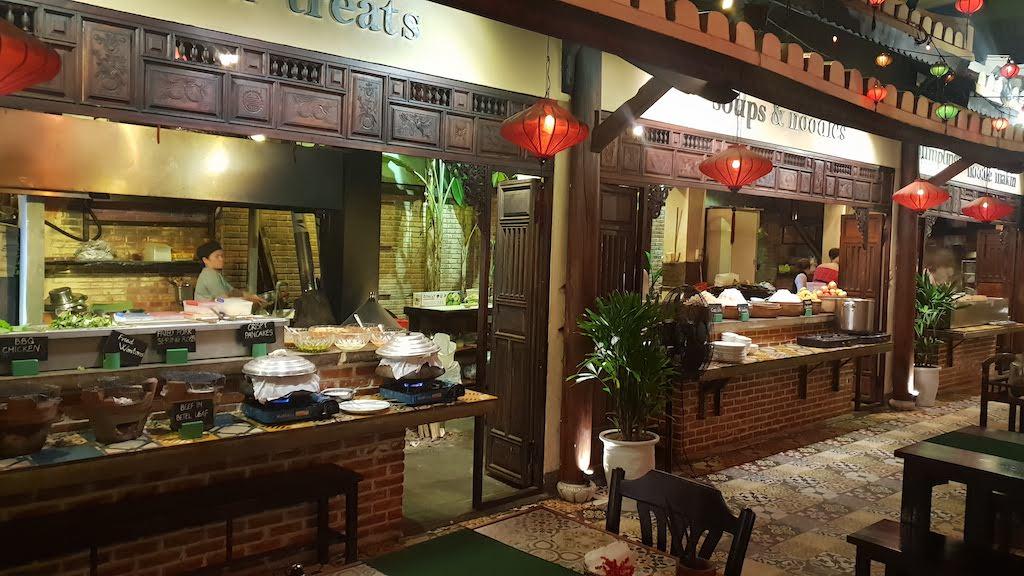 Vy's market Hoi An