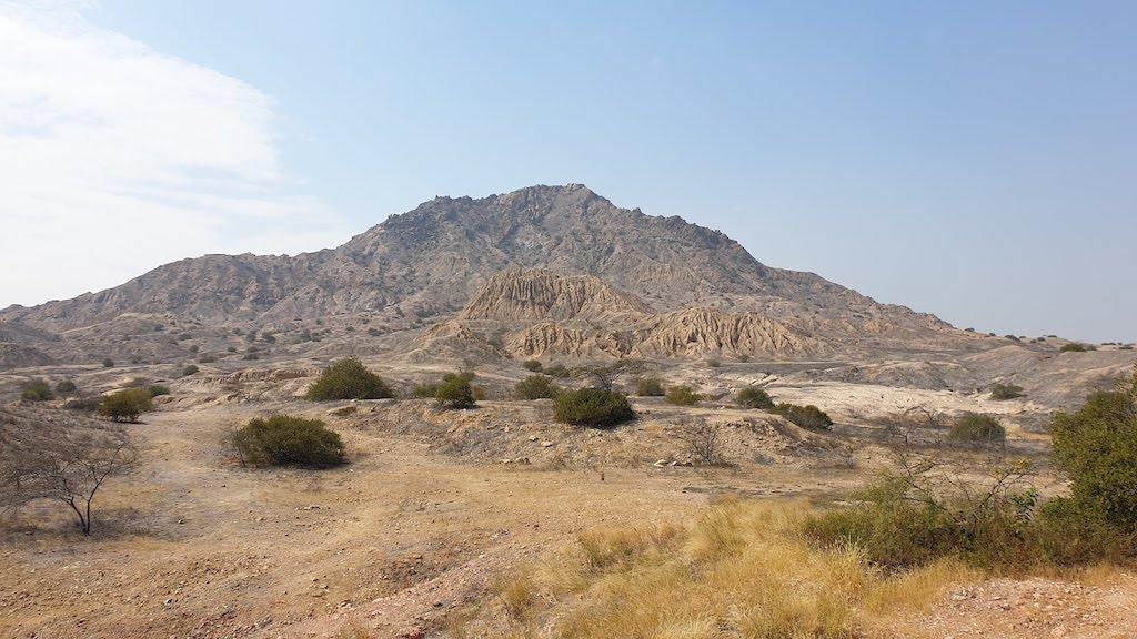 un des temples non fouillé Tucume à proximité de Chiclayo
