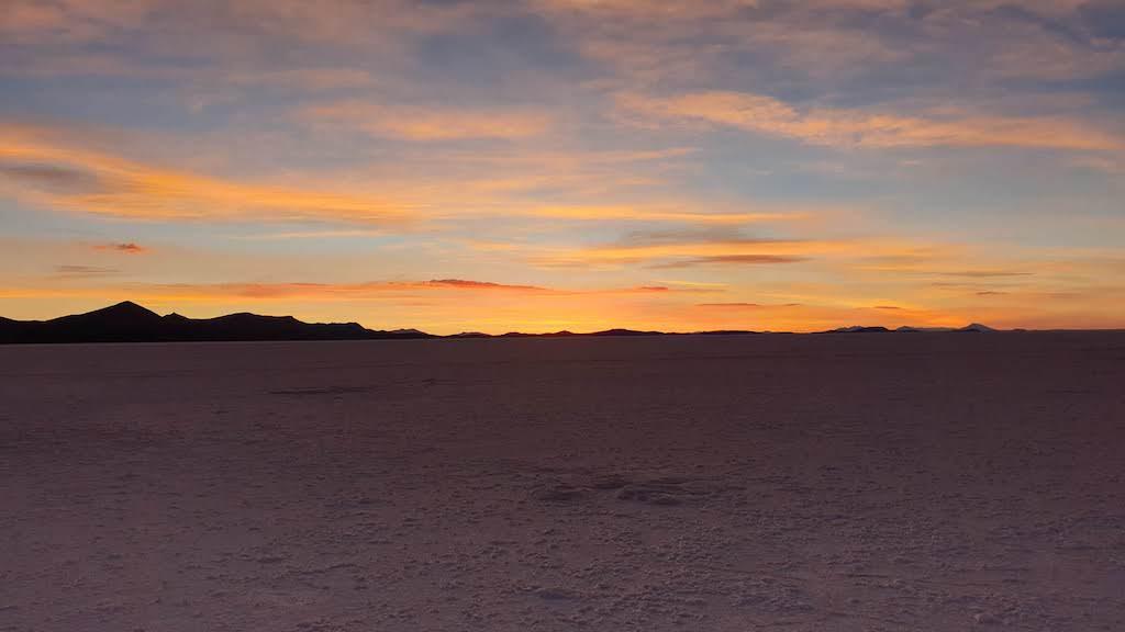 Coucher de soleil sur le Salar d'Uyuni