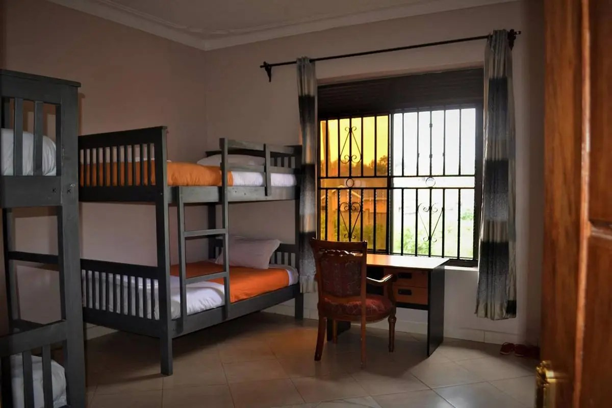 Backpackers hostel, shoestring accommodation in Entebbe