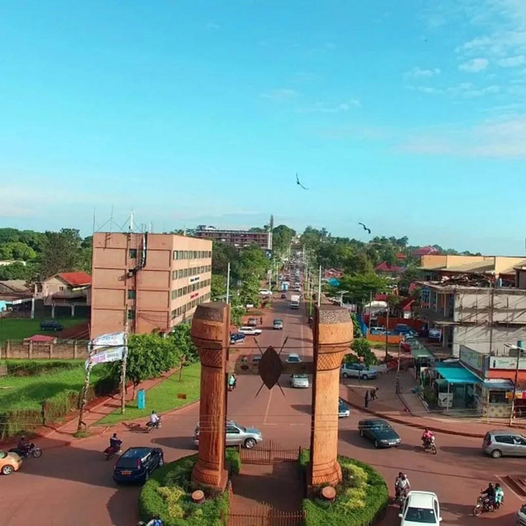 Bulange Royal Mile leading the Bulange Parliamentary Building. Kampala City Tour