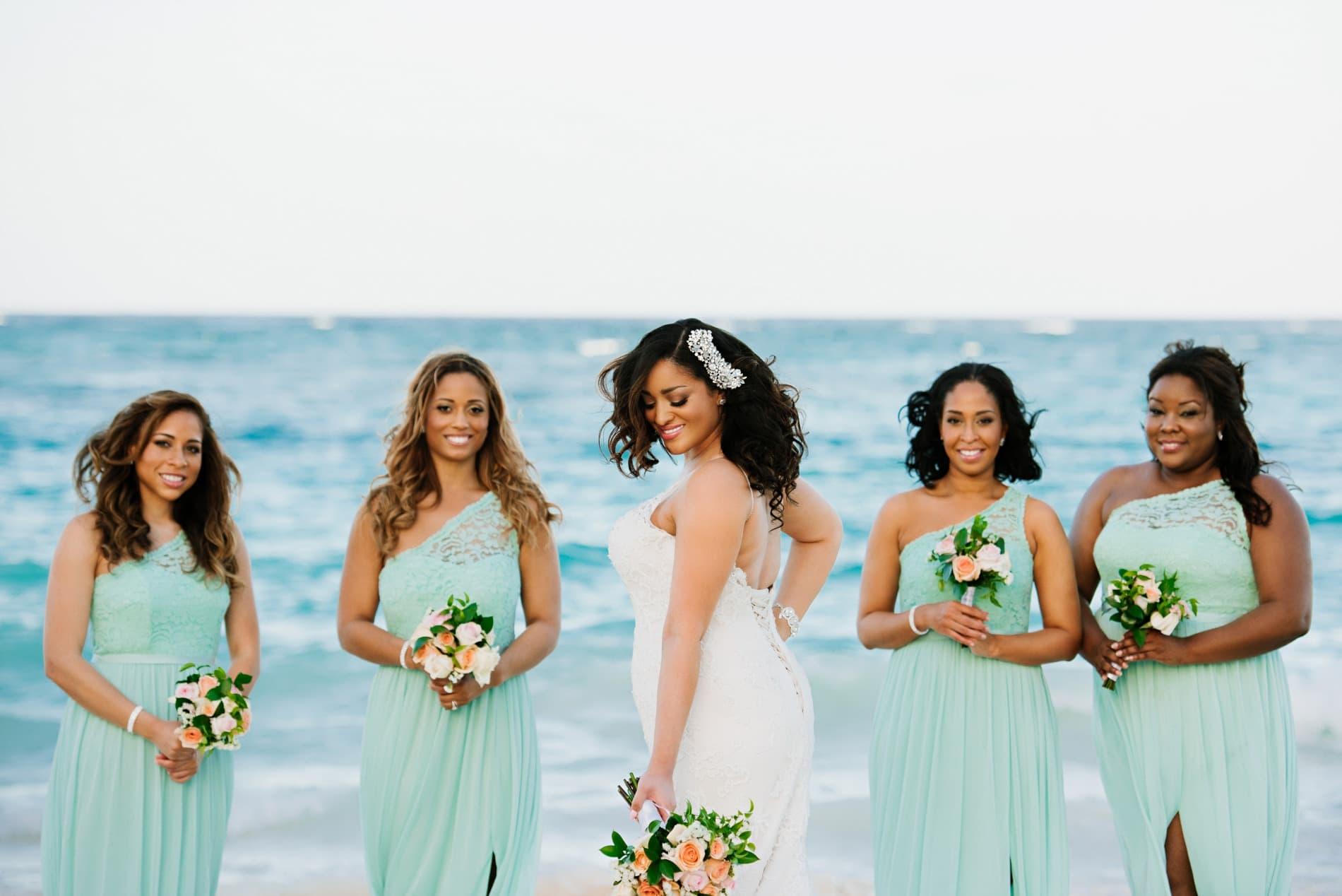 Beach Bridesmaid Dress Photos & Tips