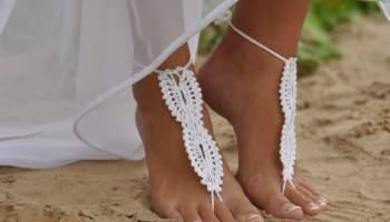 A Guide to Beach Wedding Attire for Guests | Destination Wedding Details