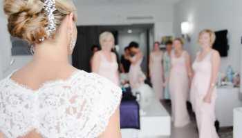 Beach Wedding Hair Expert Tips Photos Destination Wedding Details