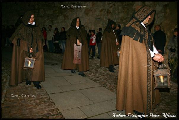 Procesión de las Capas Pardas en Zamora Fuente: http://zorrocorredero.blogspot.com.es/
