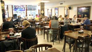 Área de comedor del restaurante