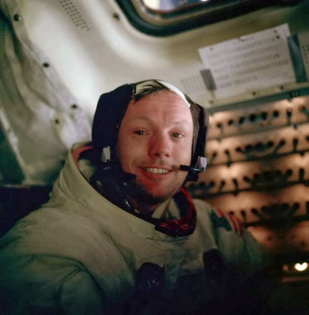 Neil-Armstrong-after-his-Moonwalk