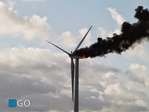 Two-engineers-died-when-the-windmill-they-were-working-on-caught-fire.-This-might-be-the-last-picture-taken-of-them-alive