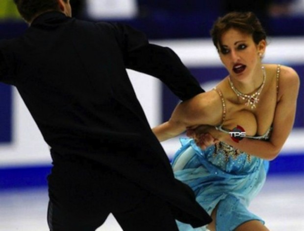 20-embarrassing-and-hilarious-sport-wardrobe-malfunctions-12