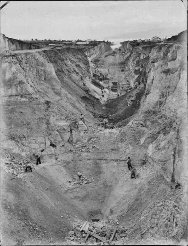 Isthmos-1884