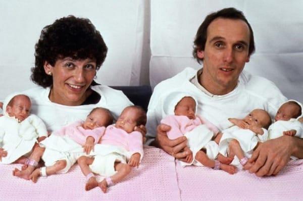 to-1984-i-mama-kai-o-mpampas-pozaran-me-ta-6-mwra-tous-1