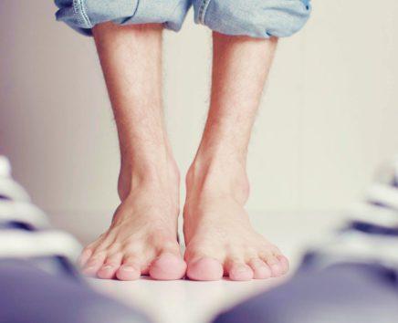 orange toenails treatment