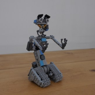 LEGO Johnny 5 Short Circuit Time Lapse