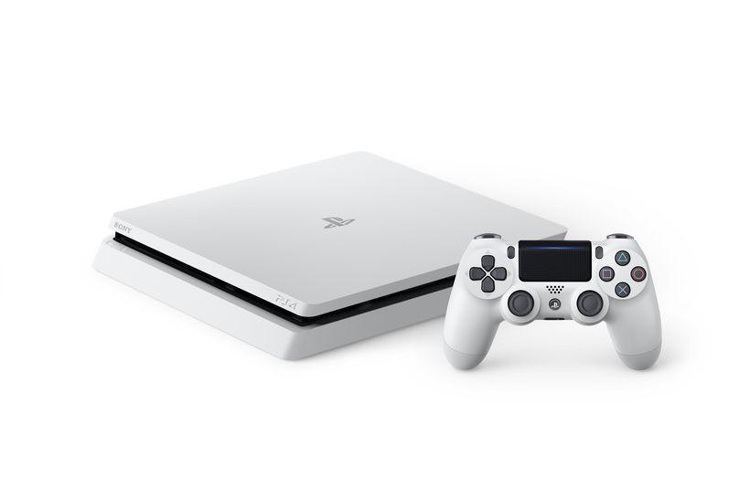 La nuova PS4 Slim in versione 'Glacier White'