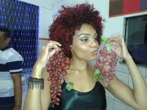 100 fotos de cabelos crespos e cacheados vermelhos para se inspirar