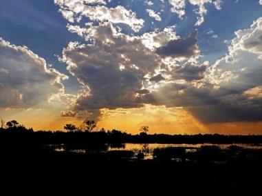 rayons coucher soleil autour du monde