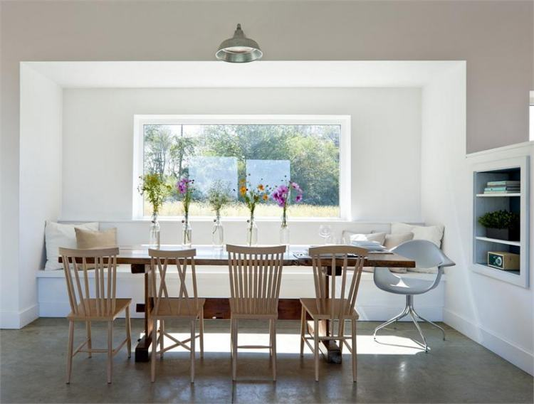 bright-dining-room-15