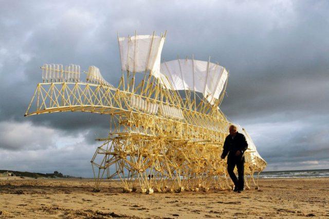 Theo-Jansen-esculturas-que-andam