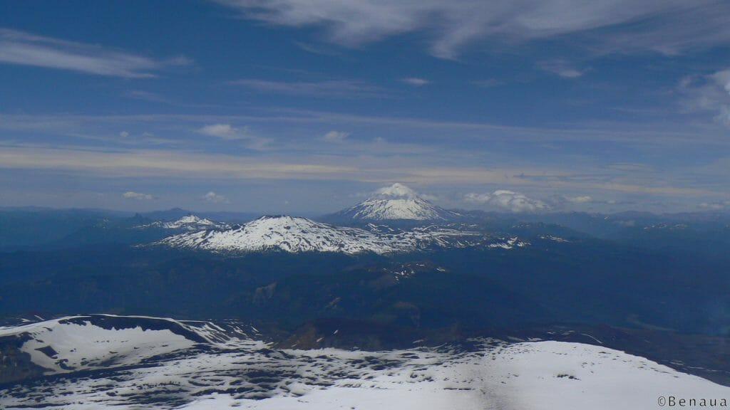 Paysage du sommet du Volcan actif Villarica à Pucon Chili