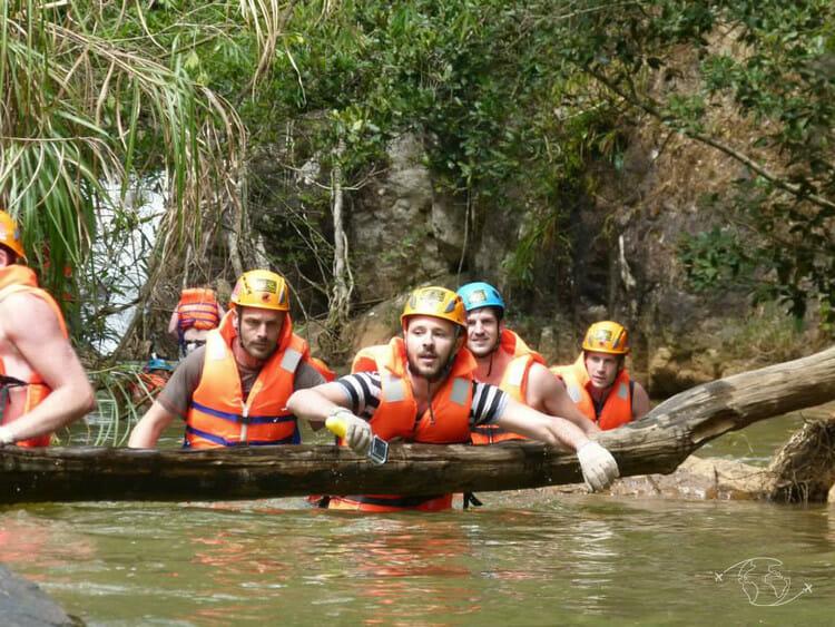 Dalat - YeuxGrands en canyoning