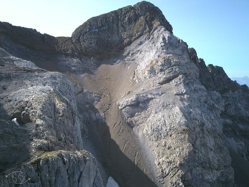 Tour des Dents Blanches - Sentier du Pas au Taureau