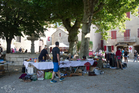 Randonnée Larzac - Ste Eulalie de Cernon - Place centrale