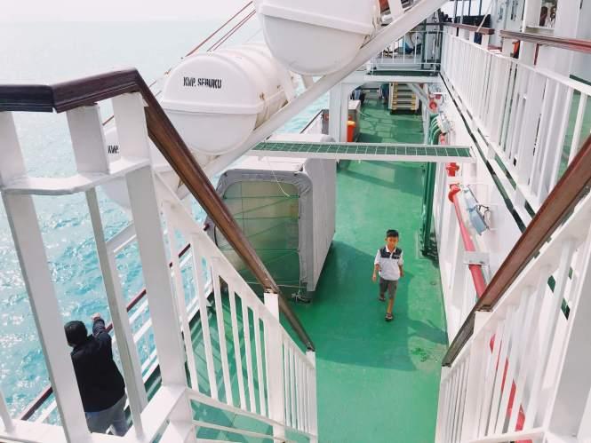 Kapal Ferry Eksekutif