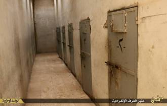 الزنزانات الانفرادية في سجن تدمر