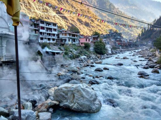 hot water springs of Manikaran