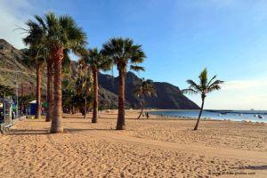 La plage de Las Teresitas à Ténérife de l´île de ténérife
