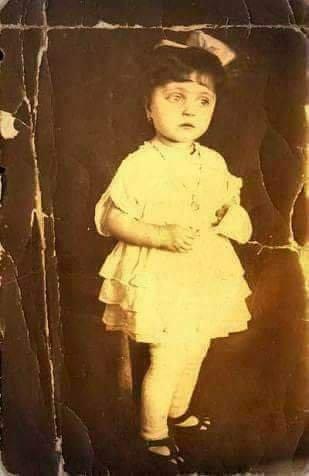 Violette, la niña zombie