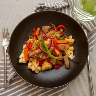 Wok med ingefær, hvitløk og chili