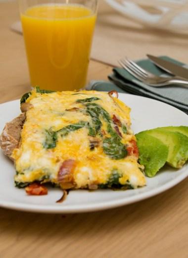 Frittata med chorizo og spinat