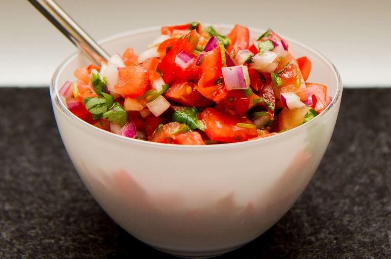 Grov salsa med koriander
