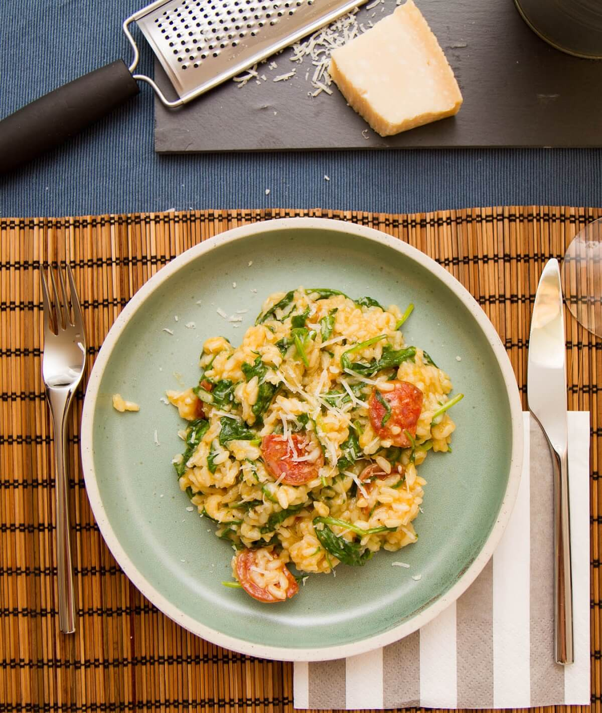 Risotto med spinat og chorizo