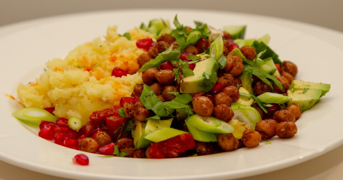 Krydderstekte kikerter med chorizo