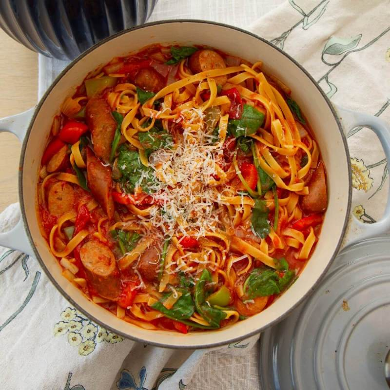One pot pasta med spinat og chorizo