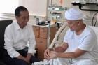 Jokowi Doakan Ustad Arifin Ilham Cepat Sembuh