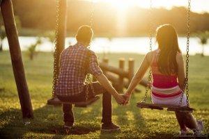 Agar Anda Mendapat Perhatian Pria : Tips Untuk Wanita