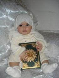Kombinasi Nama Bayi Perempuan Yg Bermakna Islami 3 suku kata