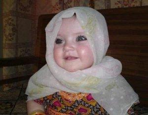 Variasi Unik Nama Bayi Perempuan Islami Modern 3 suku kata