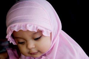 Kombinasi 3 kata Nama Indah Bayi Perempuan Islami