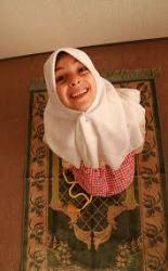 Kumpulan Indah 3 kata Nama Bayi Perempuan Islami Modern