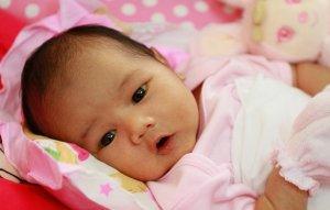 Rangkaian 3 kata Keren Nama Bayi Perempuan Islami