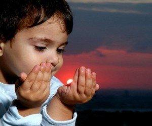 Nama Bayi Islami Pilihan Terbaik