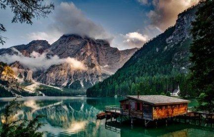 Arti Mimpi Danau