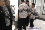 Bupati Bandung Barat Masuk Masjid Pakai Sepatu, Humas: Bukan Masalah