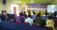 Kasi Usaha Kecil Diskop UMKM Prov Riau M Lungga memberikan penjelasan tentang maksud dan tujuan pelaksanaan kegiatan pelatihan
