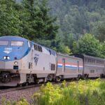Este verano, Amtrak trae de vuelta el McRib de ofertas de viajes
