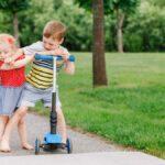 Cómo enseñar a sus hijos a compartir
